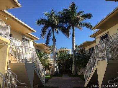 Bay Harbor Islands Condo For Sale: 1142 99th St #4