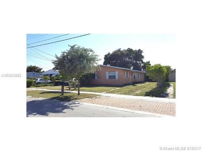 Dania Beach Multi Family Home Active-Available: 113 Northwest 10th Ct