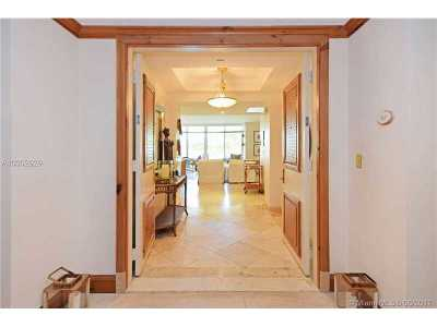 Key Biscayne Condo Active-Available: 445 Grand Bay Dr #215