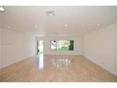 Hollywood Single Family Home Active-Available: 934 Buchanan St