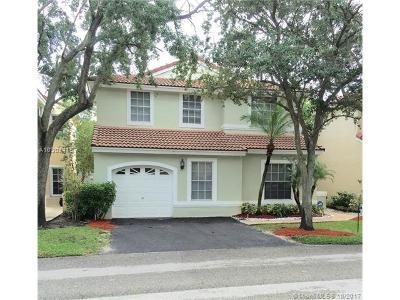 Weston Single Family Home Active-Available: 805 Garnet Cir