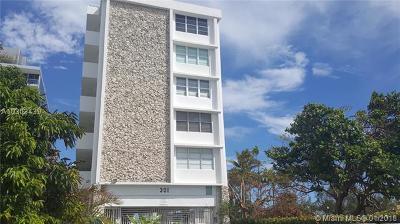 Miami Beach Condo For Sale: 301 Ocean Dr #302