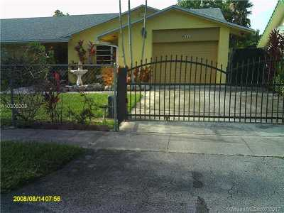 Palmetto Bay Single Family Home For Sale: 9011 SW 164th St