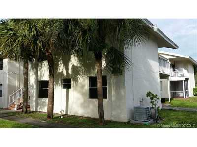 Coral Springs Condo For Sale: 11572 NW 43rd St #11572