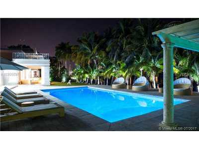 Single Family Home For Sale: 98 Lagorce Cir