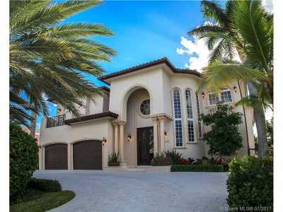 Sunny Isles Beach Single Family Home For Sale: 18630 N Bay Rd