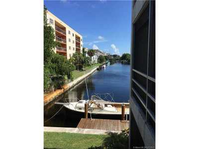 Lauderdale By The Sea Condo For Sale: 1439 S Ocean Blvd #216