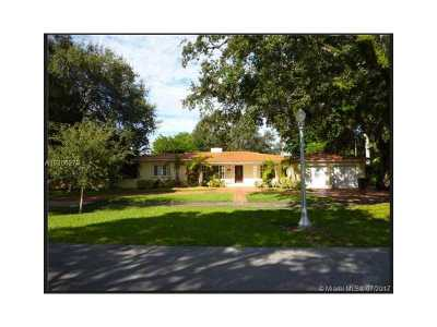 Coral Gables Single Family Home For Sale: 2112 Country Club Prado