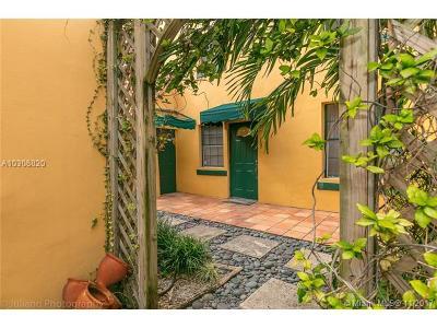 Miami Beach Condo For Sale: 826 Jefferson Ave #4