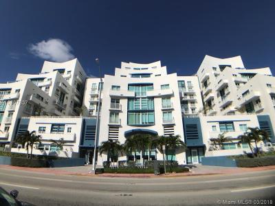 Miami Beach Condo For Sale: 7600 Collins Ave #701