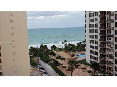 Bal Harbour Condo For Sale: 10185 Collins Ave #1008