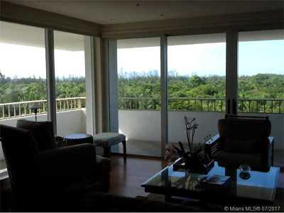 Key Biscayne Condo Active-Available: 177 Ocean Lane #714