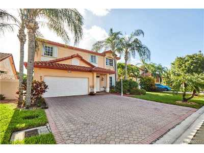 Doral Single Family Home Active-Available: 5372 Northwest 106th Ct