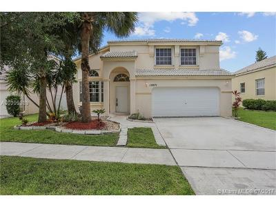 Pembroke Pines Single Family Home Active-Available: 15871 Northwest 15th Ct