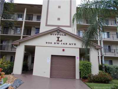 Pembroke Pines Condo Active-Available: 900 Southwest 142nd Ave #410L