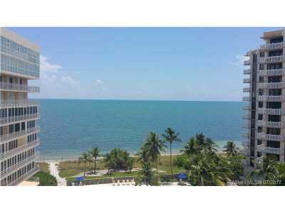 Key Biscayne Condo Active-Available: 600 Grapetree Drive #9ES
