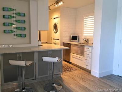 Miami Beach Condo For Sale: 1881 Washington Ave #6B
