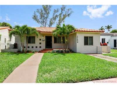 Miami Beach Single Family Home For Sale: 1754 Biarritz Dr