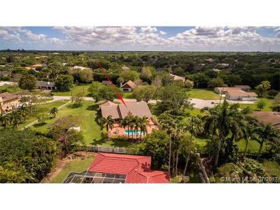 Davie Single Family Home Active-Available: 13231 Southwest 28th Place