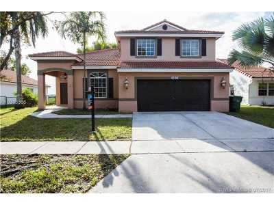 Pembroke Pines Single Family Home Active-Available: 660 Southwest 164th Ave