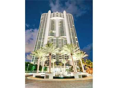 Sunny Isles Beach Condo Active-Available: 18201 Collins Ave #5202