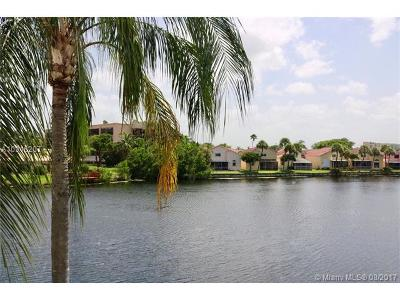 Dania Beach Single Family Home Active-Available: 1095 Southeast 6th Ave