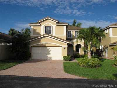 Doral Single Family Home Active-Available: 4628 Northwest 96th Ave