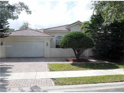 Doral Single Family Home For Sale: 7062 NW 113th Ct