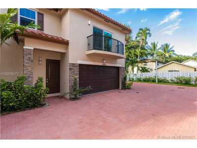 Fort Lauderdale Condo Active-Available: 2362 Southwest 18th Ave #2362