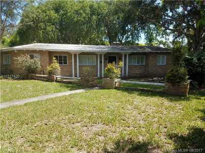Coral Gables Single Family Home Active-Available: 1220 South Alhambra Cir