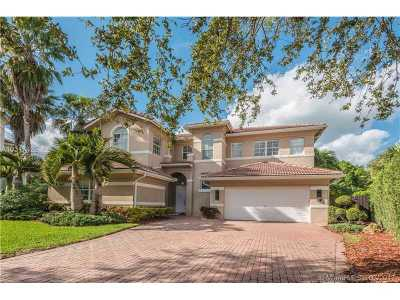 Doral Single Family Home Active-Available: 11351 Northwest 71st St