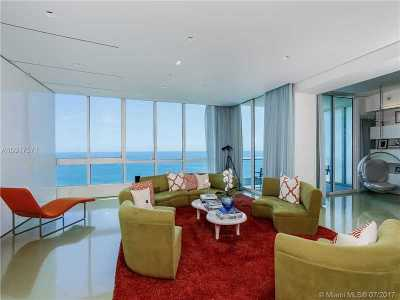 Continuum, Continuum Ii, Continuum North Tower, Continuum On South Beach, Continuum South, Continuum South Beach, Continuum South Tower, Continuum The North Tower, Continuum Tower, Continuum, South Tower Condo Active-Available: 100 South Pointe Dr #2306