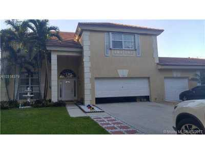 Cooper City Single Family Home Active-Available: 10239 Quito St.