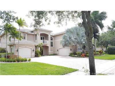 Davie Single Family Home Active-Available: 10462 Lone Star Pl