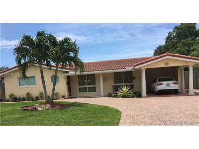 Fort Lauderdale Single Family Home For Sale: 2184 NE 61st Ct