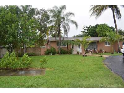 Palmetto Bay Single Family Home Active-Available: 9200 Southwest 165th St