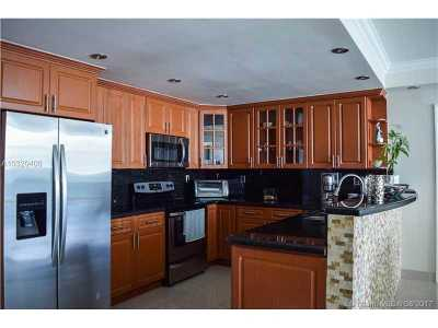 Sunny Isles Beach Condo Active-Available: 19380 Collins Ave #1616
