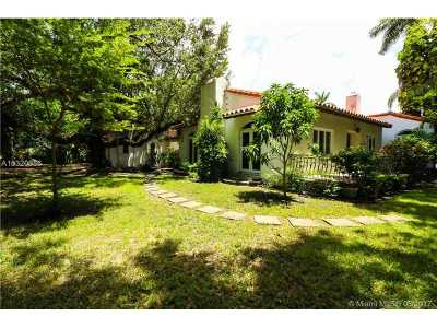 Coral Gables Riveria Sec, Coral Gables Riviera Sec Single Family Home Active-Available: 549 San Esteban Ave