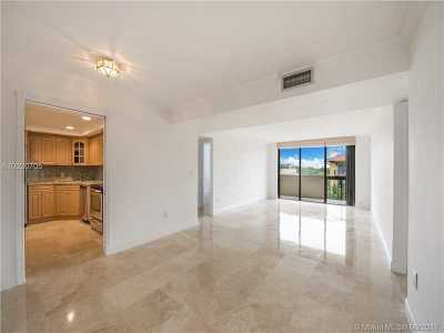 Coral Gables Condo Active-Available: 600 Biltmore Way #512