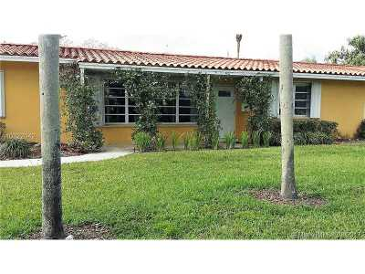Pinecrest Single Family Home For Sale: 7425 SW 118th St
