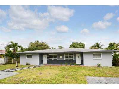 Oakland Park Single Family Home For Sale: 1539 NE 33rd St