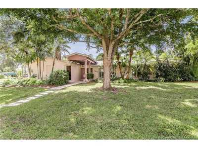 Palmetto Bay Single Family Home Active-Available: 7610 Southwest 143rd St