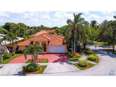 Miami Single Family Home Active-Available: 16086 Southwest 101st Ter