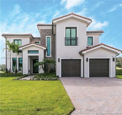 Fort Lauderdale Single Family Home Active-Available: 5647 East Brookfield Cir