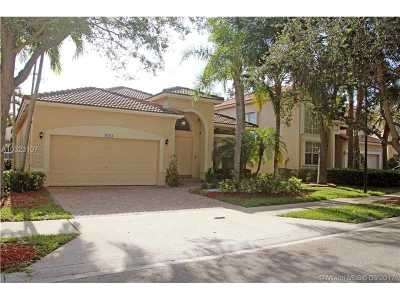 Weston Single Family Home Active-Available: 16419 Sapphire Dr