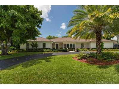 Pinecrest Single Family Home For Sale: 7400 SW 109 Terr