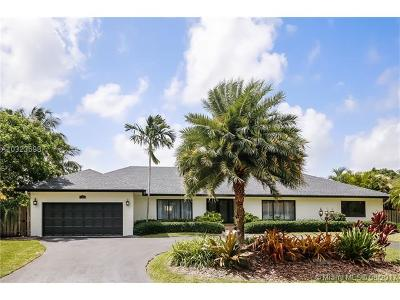 Palmetto Bay Single Family Home Active-Available: 7520 Southwest 171st St