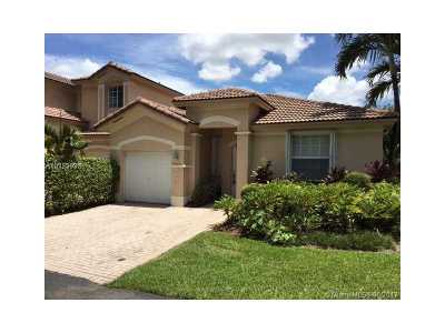 Doral Single Family Home Active-Available: 7203 Northwest 113th Ct