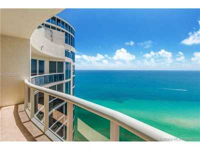 Sunny Isles Beach Condo Active-Available: 17201 Collins #4104
