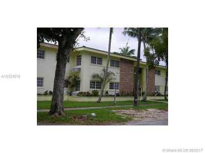 Coral Gables Condo For Sale: 6511 Santona St #C1